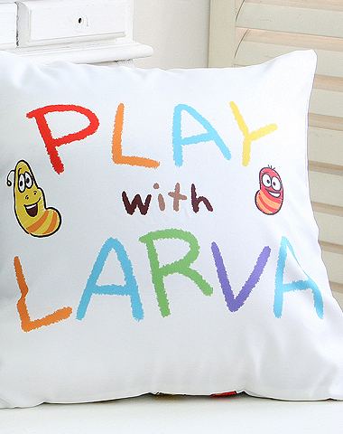 Larva cushion play
