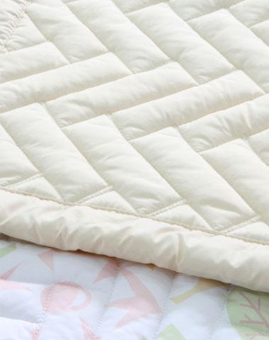 Larva bedding set